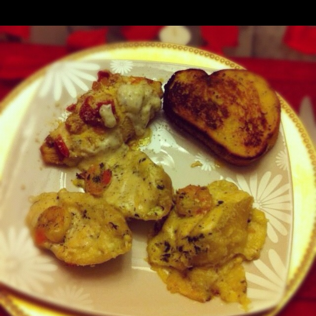 Valentine surprise: stuffed pasta shells with chicken, shrimp, ricotta ...