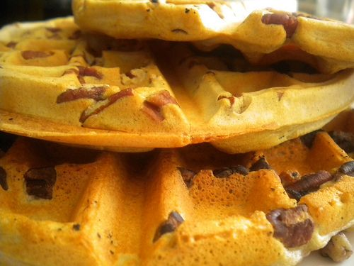 crispy, light cinnamon pecan waffles | Yuminess | Pinterest
