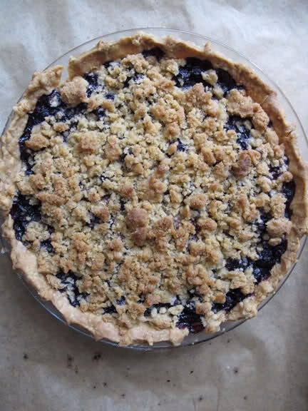 Blueberry Crumb Pie | Decadent Desserts + Scrumptious Sweets! | Pinte ...