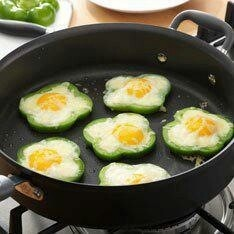 Egg and green bell pepper.great idea | Foods | Pinterest