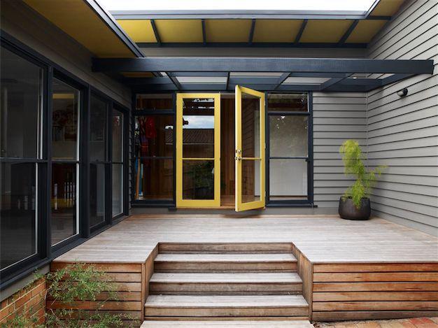 mid century modern exterior austin design associates mid century. Black Bedroom Furniture Sets. Home Design Ideas