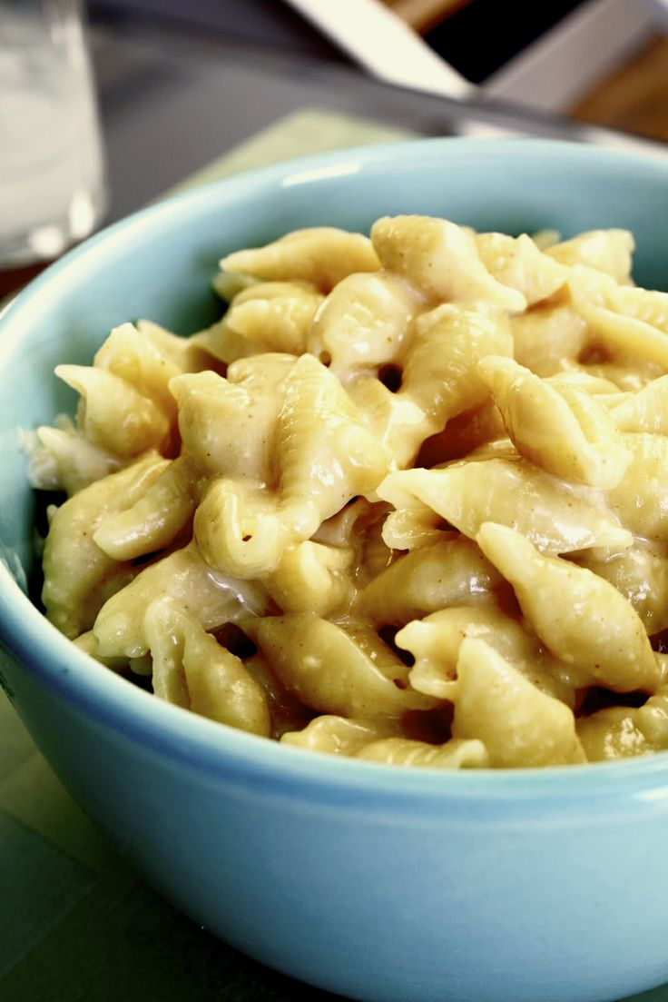 Creamy White Cheddar Mac & Cheese try this with bacon, ham, or avocado ...