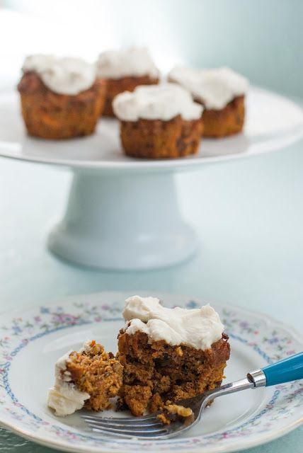 Paleo Carrot Cake Cupcakes | Paleo Deserts | Pinterest