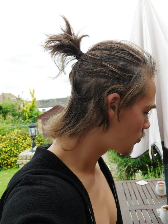 samurai hairstyles : Short pony tail, samurai hair style martial essentials Pinterest