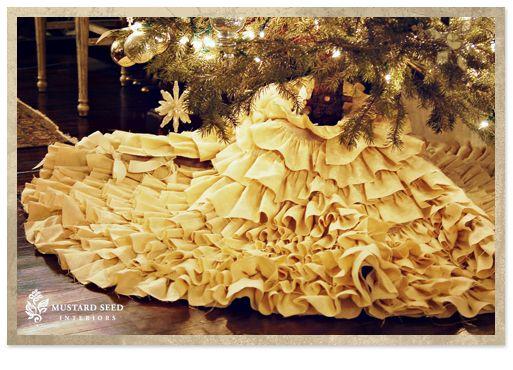 Omg i can use my wedding dress as a christmas tree skirt afterward