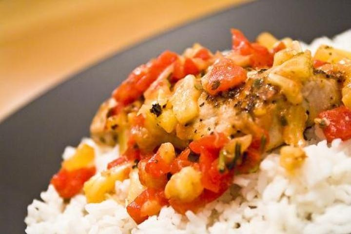 Salmon with Pineapple Tomato Salsa! | HD4HB* Mains | Pinterest