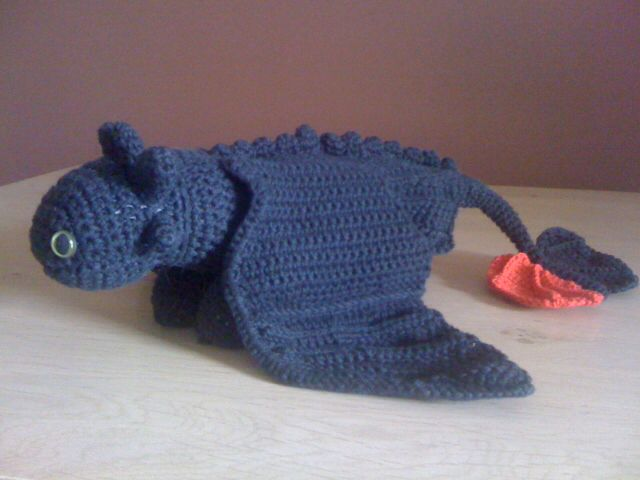 Knitting Pattern Toothless Dragon : Crochet toothless dragon for Noah xx Things i ve made Pinterest