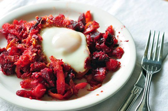 Red flannel hash (with beetroot)