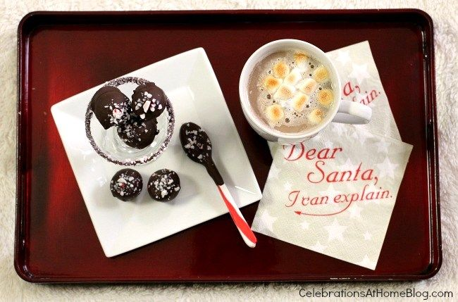 PEPPERMINT OREO TRUFFLES + TOASTED MARSHMALLOW TOPPERS FOR HOT COCOA