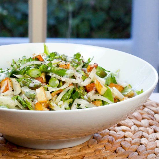 ... salad with arugula fennel crispy-potato and a creamy Italian dressing