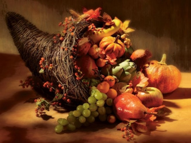 Traditional cornucopia table centerpiece deckin out the