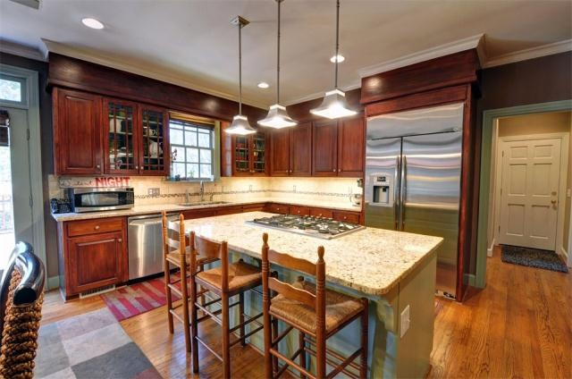 gourmet kitchen island cooktop kitchen keepers pinterest