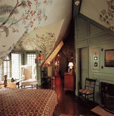 I love the ceiling!  From the book Interior Color by Design by Jonathan Poore.