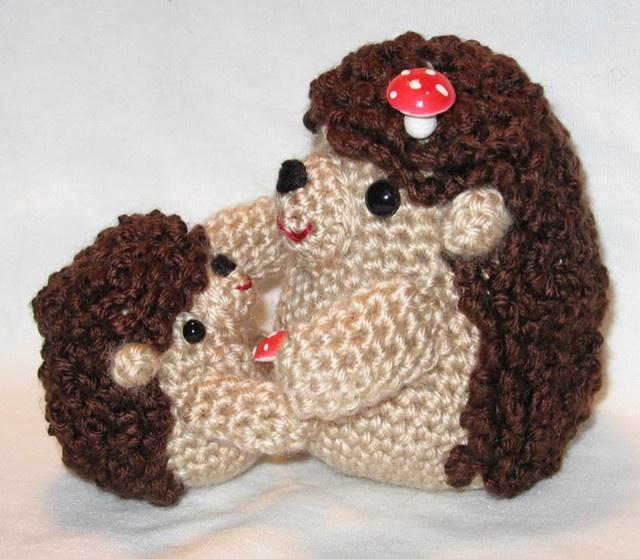 hedgehog crochet pattern Craftyness Pinterest
