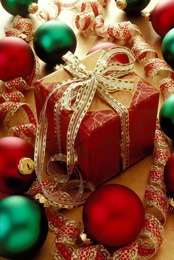 Christmas Gifts & Ornaments