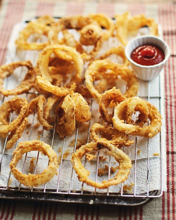 Emerils Light & Crispy Onion Rings | Yummy food | Pinterest