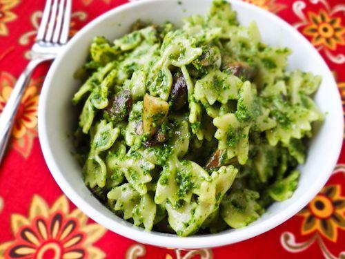 Arugula Pesto Pasta with Cremini Mushrooms: Good! Make sure and use ...