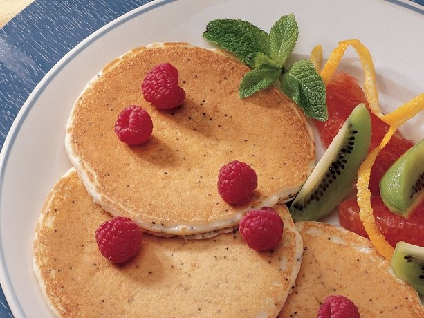 Lemon-Poppy Seed Pancakes | BISQUICK | Pinterest