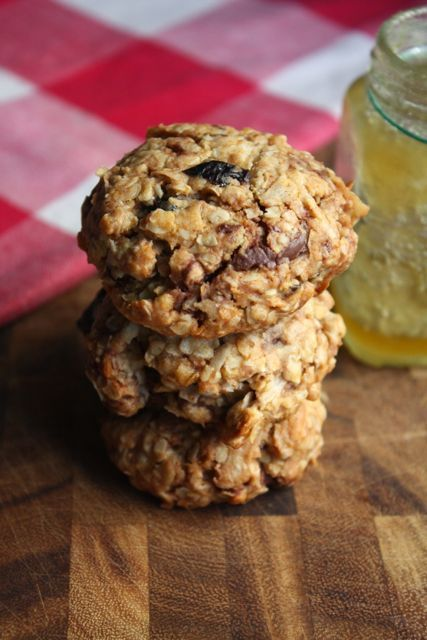 Breakfast Cookies (Chunky Chocolate Cherry Oatmeal Cookies) from ...