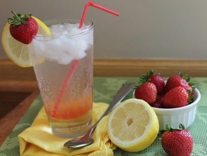 Strawberry Lemon Spritzer | Recipe