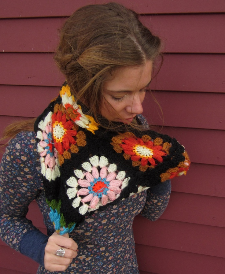 Upcycled Crochet Blanket  -- must make!!! granny square cowl
