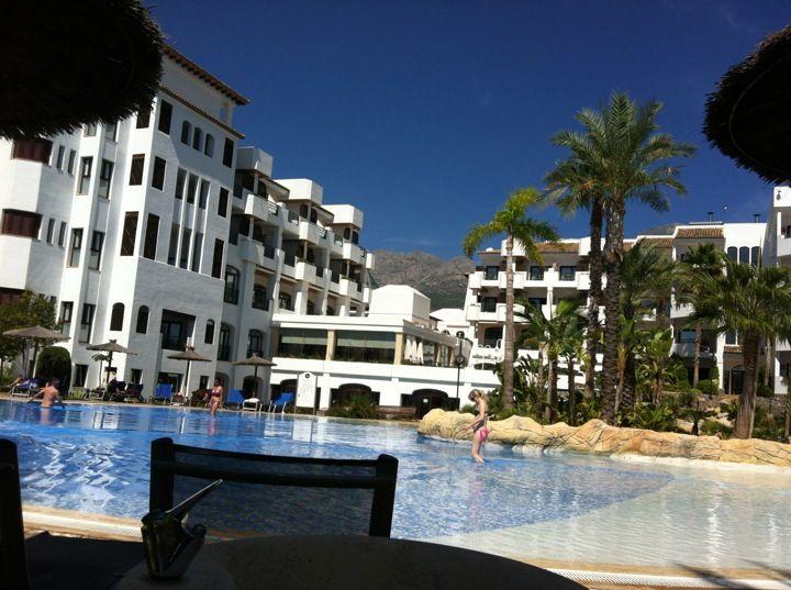 hotel melia villa gadea beach: