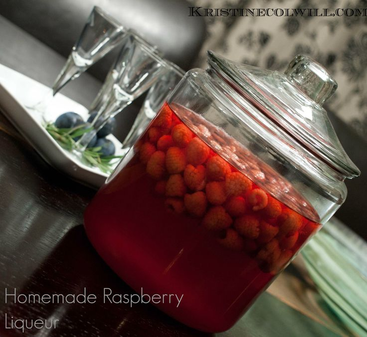 Easy Homemade Gift for the holidays - Raspberry Liqueur! Can serve as ...