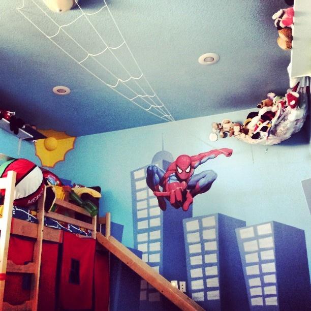 Spiderman room decorating ideas pinterest for Spiderman kids room