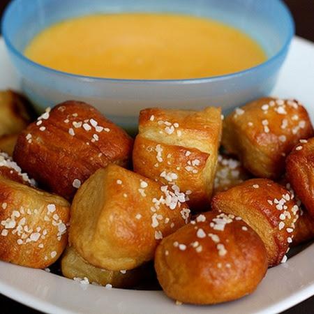 Homemade Soft Pretzel Bites | yum! | Pinterest