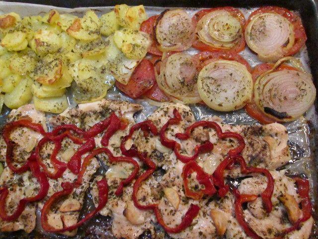 Pechugas de pollo al horno con patatas y verduras recipe - Pechugas de pollo al limon ...