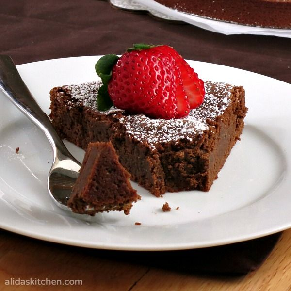 Chocolate Chickpea Cake | alidaskitchen.com #recipes #EatAtoZChallenge ...
