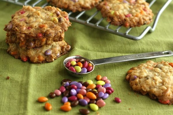 Crunchy Oatmeal Cookies with Chocolate Covered Sunflower Seeds