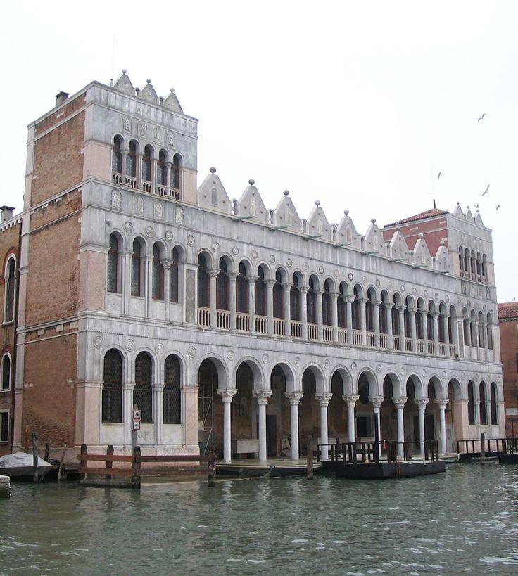 Fondaco dei Turchi palace