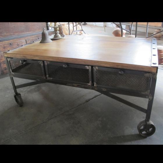 Winton Industrial Coffee Table On Wheels Funkiiii Ideas Pinterest