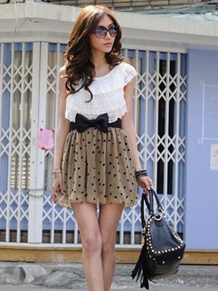 Cute Dotty Spring Time Dress