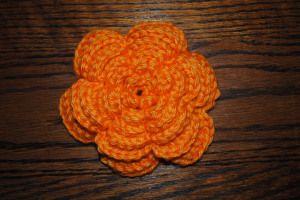 Free Crochet Pattern Large Flower : large flower crochet pattern - free :-) Feeling crafty ...