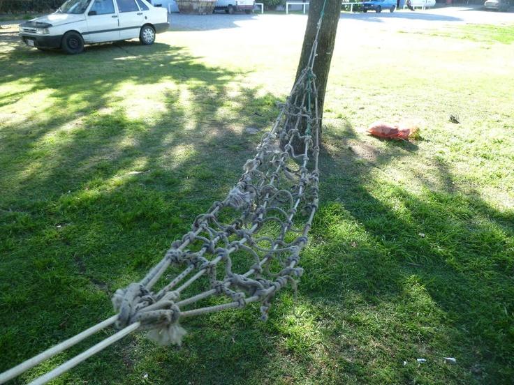 Scrap rope hammock diy instructable travel camping for Make a rope hammock