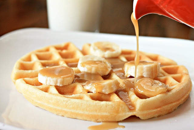 Waffles with Butterscotch Banana Syrup   Gofres   Pinterest