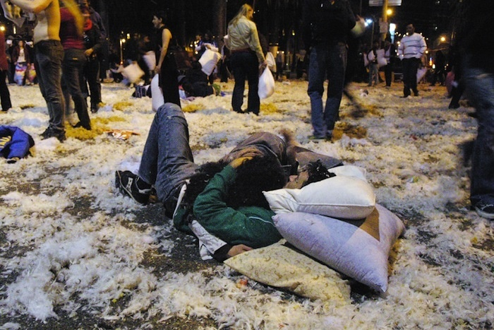 valentine's pillow fight