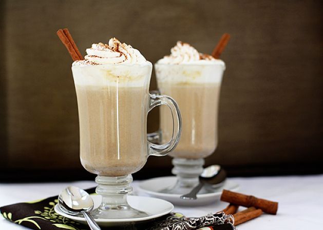Pumpkin spice white hot chocolate... Mmmm. Makes me wish it was fall ...