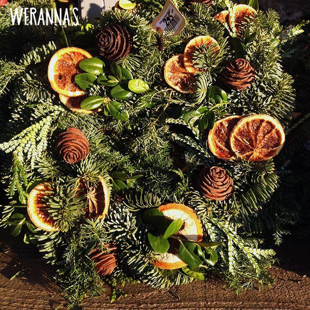 Weranna 39 s beautiful christmas wreaths diy pinterest Beautiful christmas wreaths