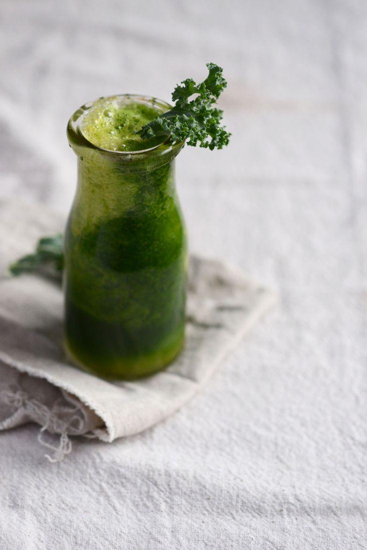 tropical green juice for two | L e e v e s & B e r r i e s | Pint…
