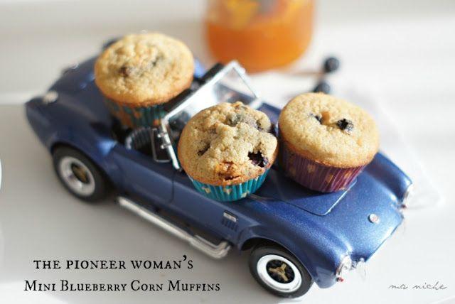 Ma Niche: Blueberry Corn Mini-Muffins (Pioneer Woman)