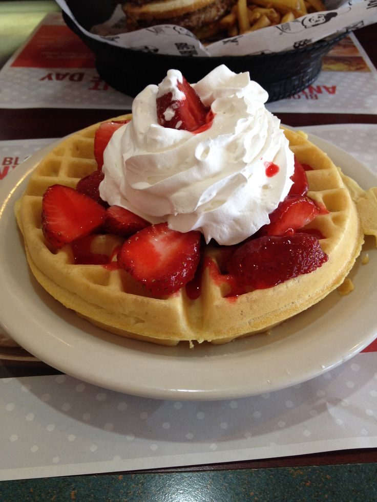 Strawberry waffle! #food | foods | Pinterest