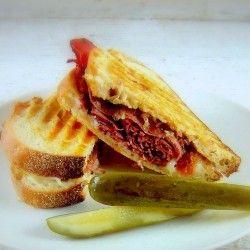 Pastrami w caramelized Onion Jam   The Sandwich & Burger Shop   Pinte ...