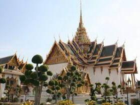 Grand Palace, Dusit Maha Prasat Hall, Bangkok.