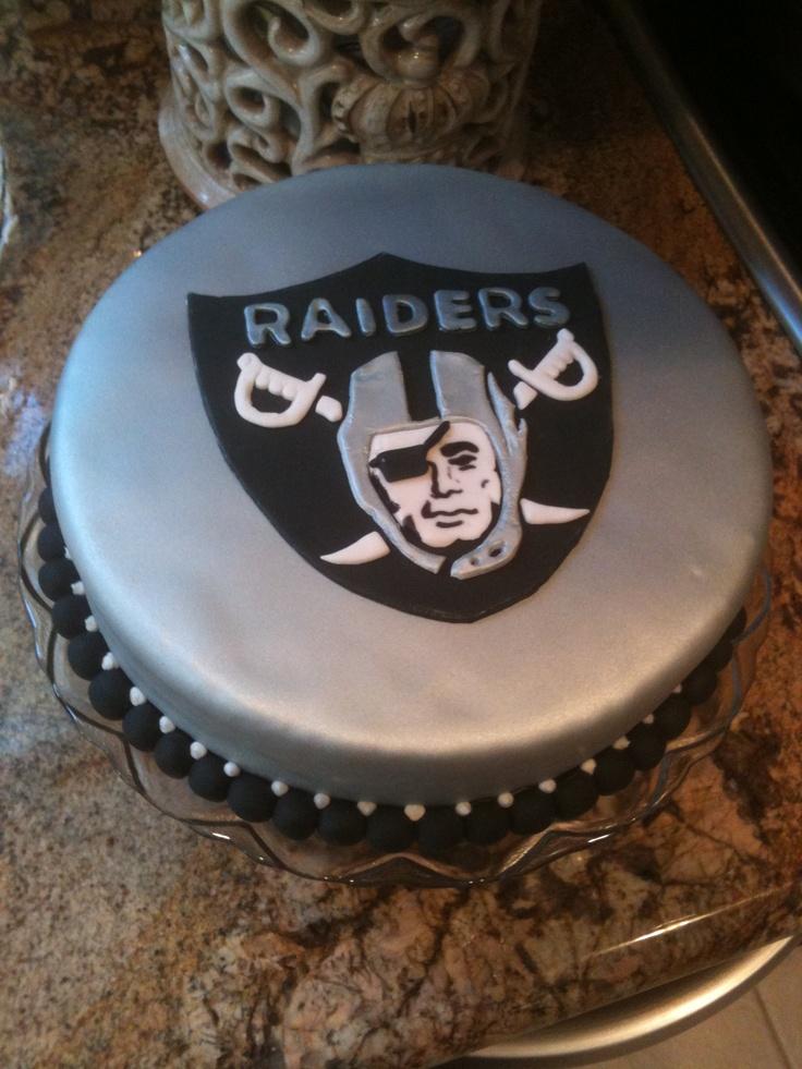 Raiders fondant cake Fondant cakes Pinterest