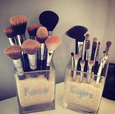 Cute makeup brush holders