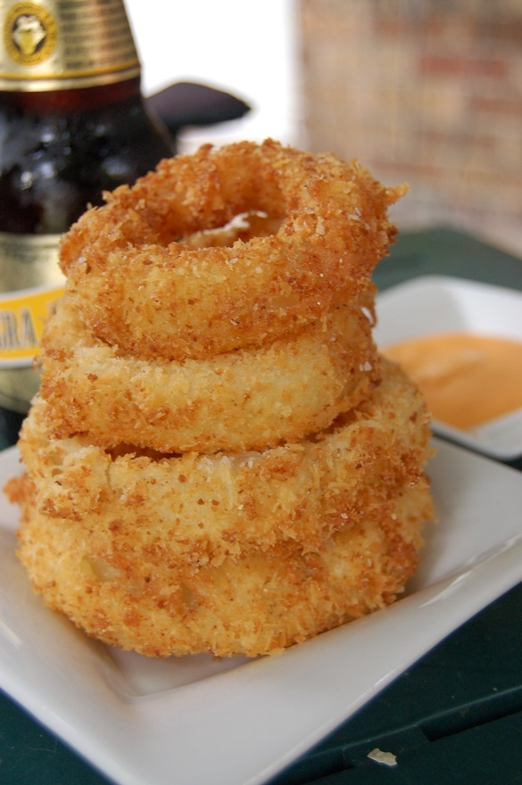 Buttermilk Vidalia Onion Rings #food