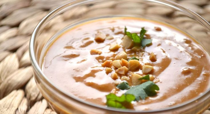 Spicy, Thai Peanut Sauce | Raw sauces and condiments | Pinterest